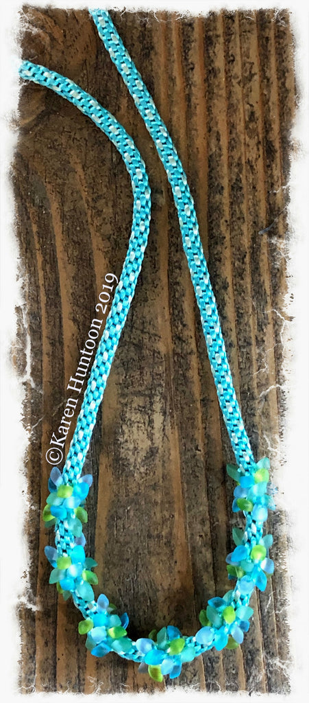 ***Magatama Cluster Bead Necklace Kit - Turquoise