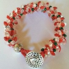 Holiday Clunky, Funky & Fun Magatama Bracelet Kit