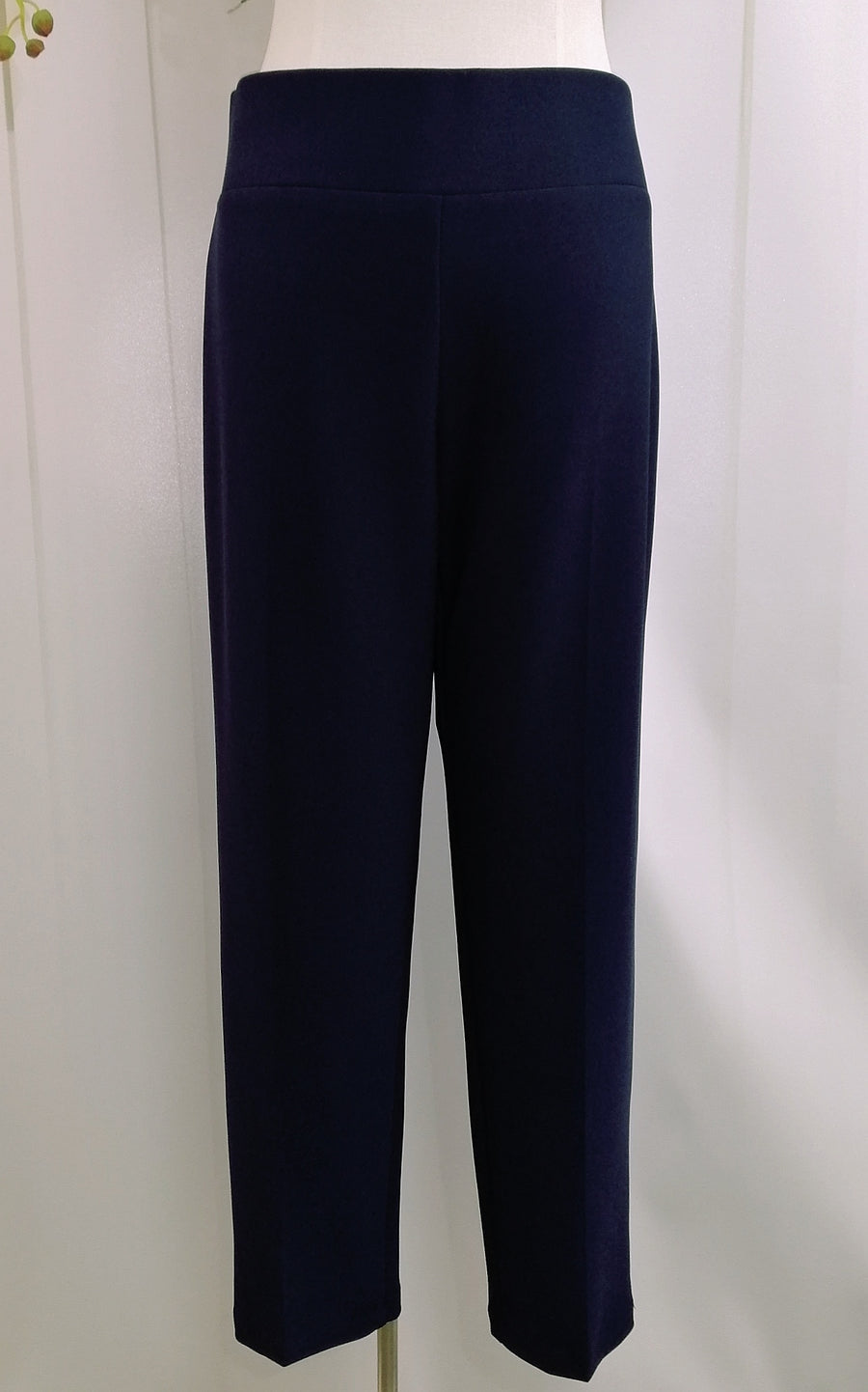 Frank Lyman Knit Pant - Navy (082) - Fashion Focus