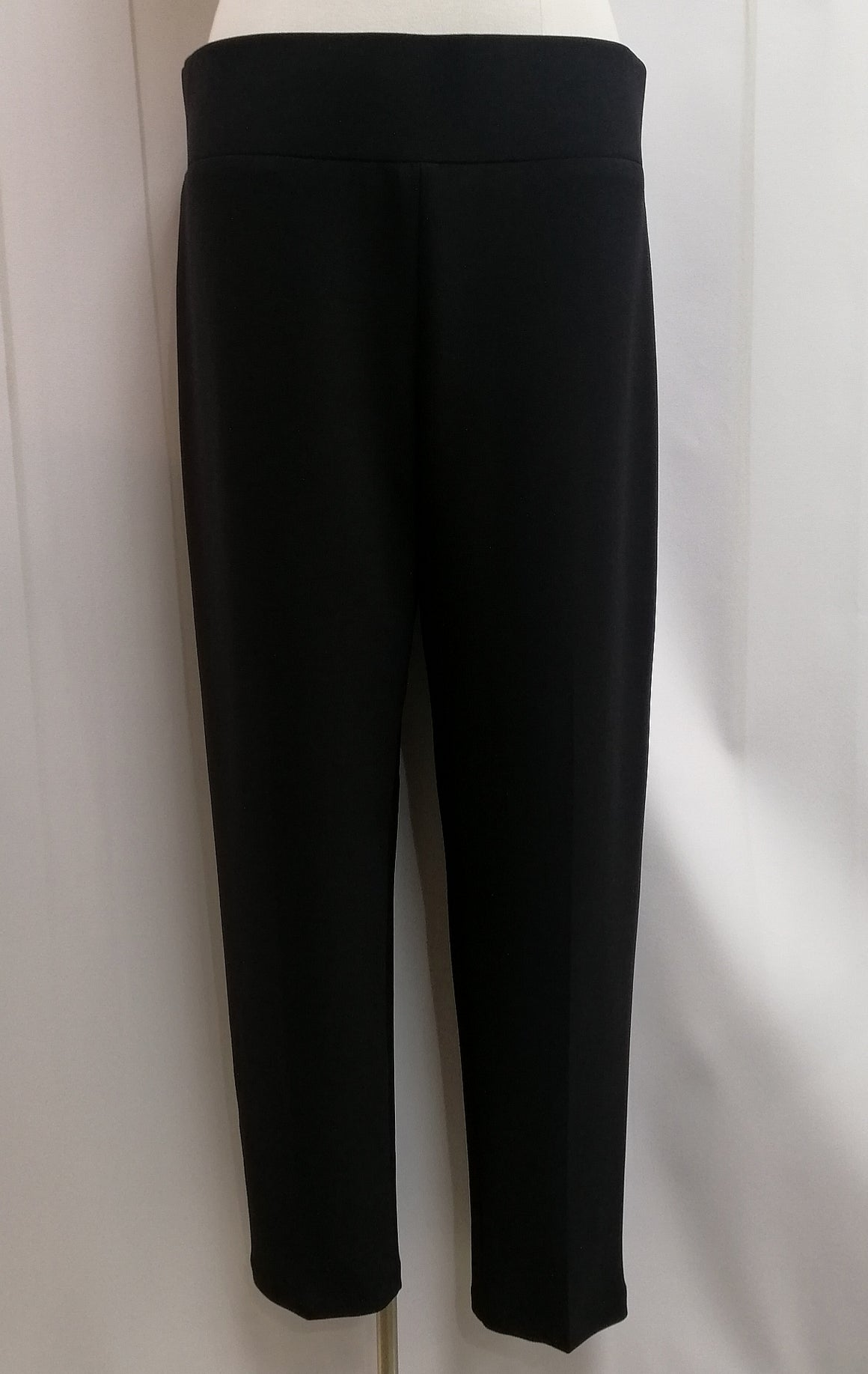 Frank Lyman Knit Pant - Black (082) - Fashion Focus