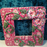 # 169  Picture Frame with Flowers