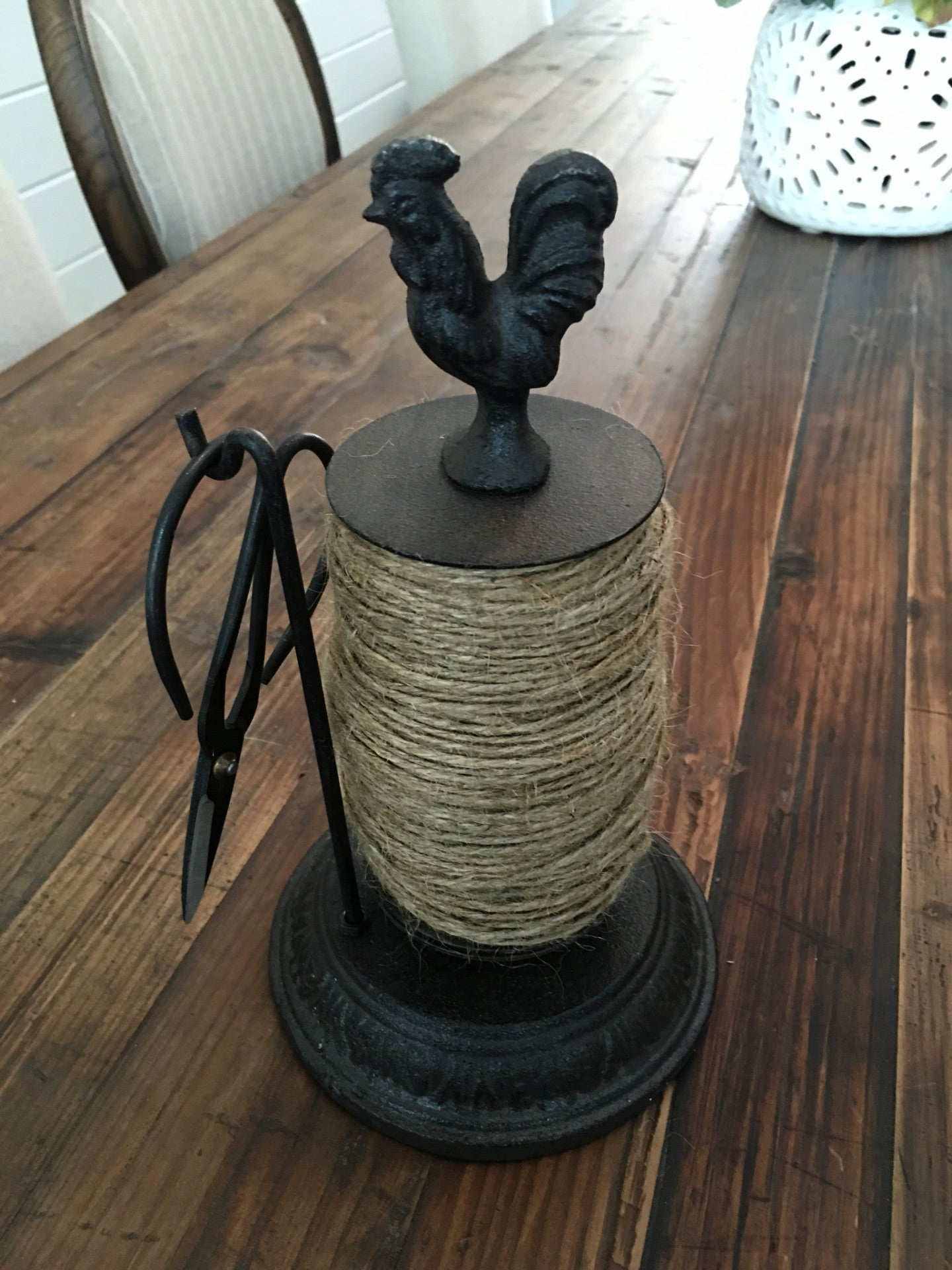 Rotating Rooster Twine Holder With Scissors