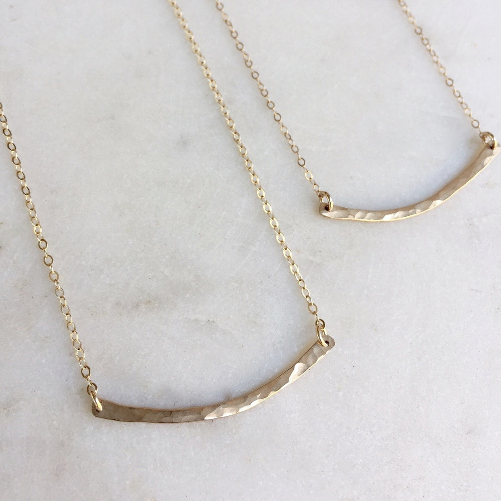 Organic Curve Necklace