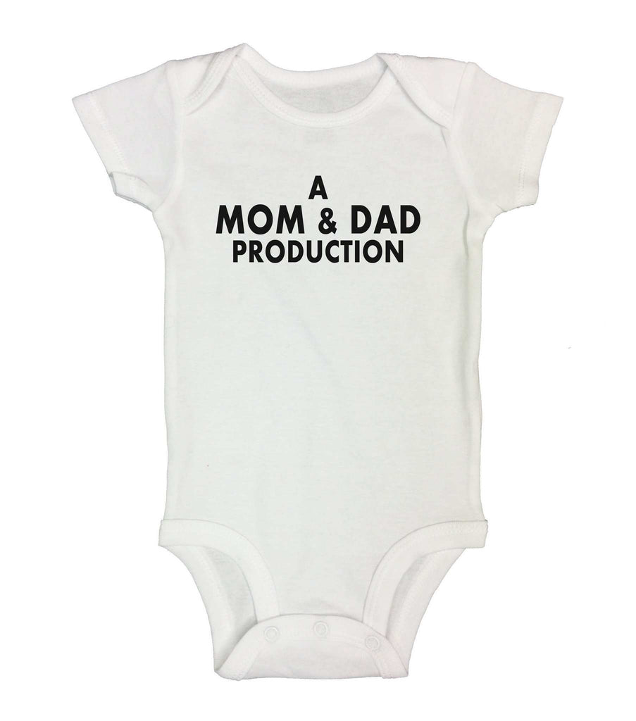 A Mom & Dad Production Funny Kids bodysuit Funny Shirt Short Sleeve 0-3 Months / White