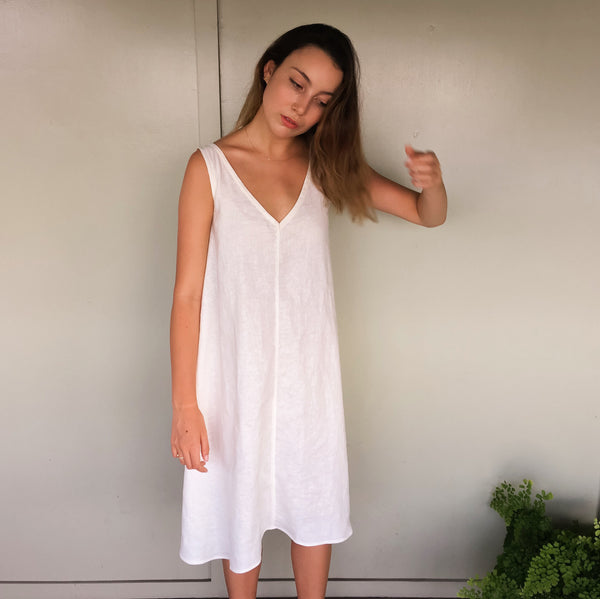 Willow Dress in White Cotton Linen