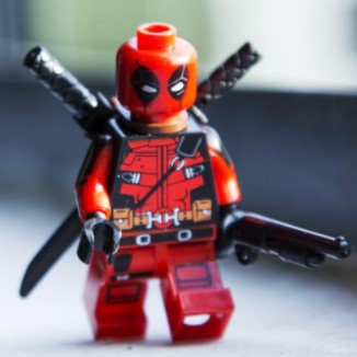 Deadpool Building Block Figure
