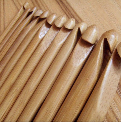 12 Piece Bamboo Handle Crochet Hooks
