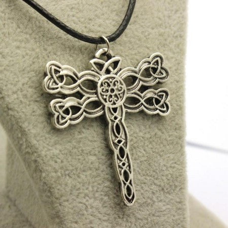 OUTLANDER DRAGONFLY PENDANT NECKLACE