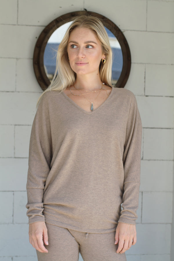 V Neck Sweater        camel heather