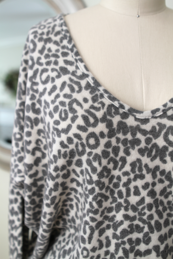 V Neck Sweater Top oatmeal leopard - Stevie Sister