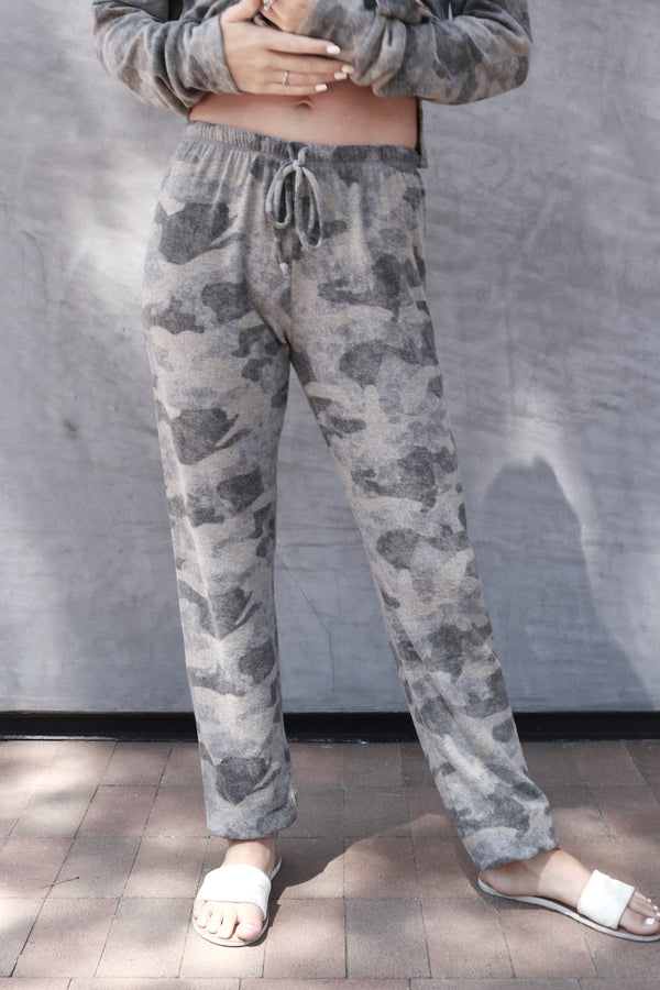 Loungy Sweatpant grey camo - Stevie Sister