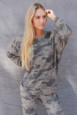 Banded Waist Crew Neck olive camo - Stevie Sister