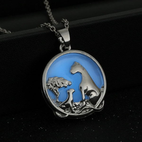 Glow in the Dark Circular Animal Pendant Necklace  3-5 DAYS SHIPPING