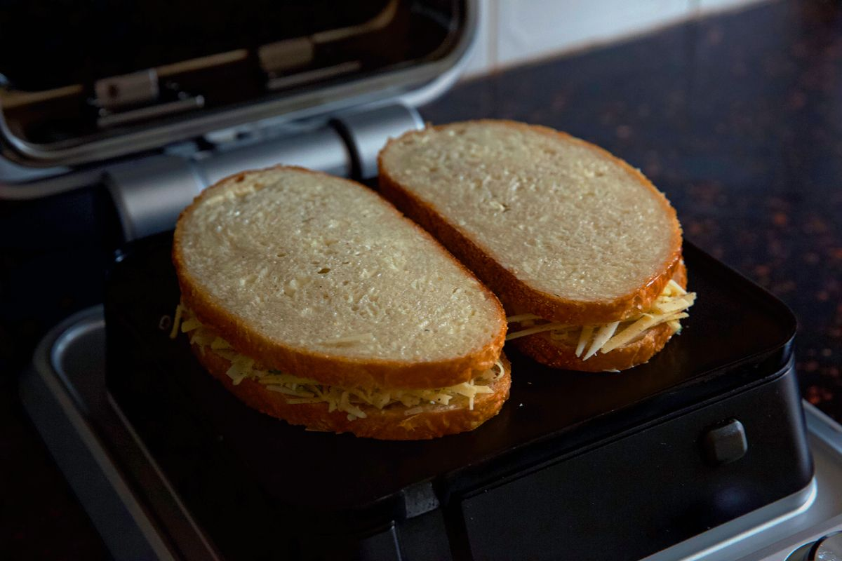 Cinder Grill Grilled Cheese Recipe