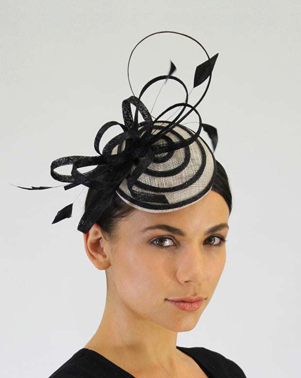 JENDI Black Circles Fascinator