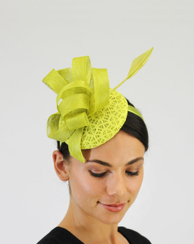 JENDI Zest Loop & Feather Fascinator