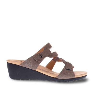 Sofia Wedge Slide