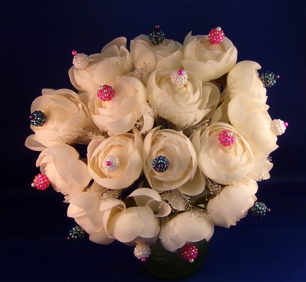Bouquet-Fiber Optic White Rose