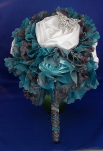 Bouquet-Squeal with Teal