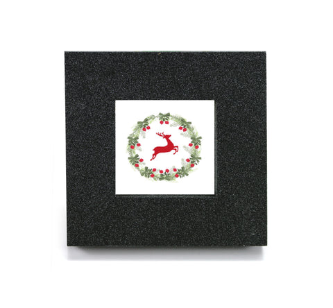 Mini cubicle wall mirror with Reindeer Wreath