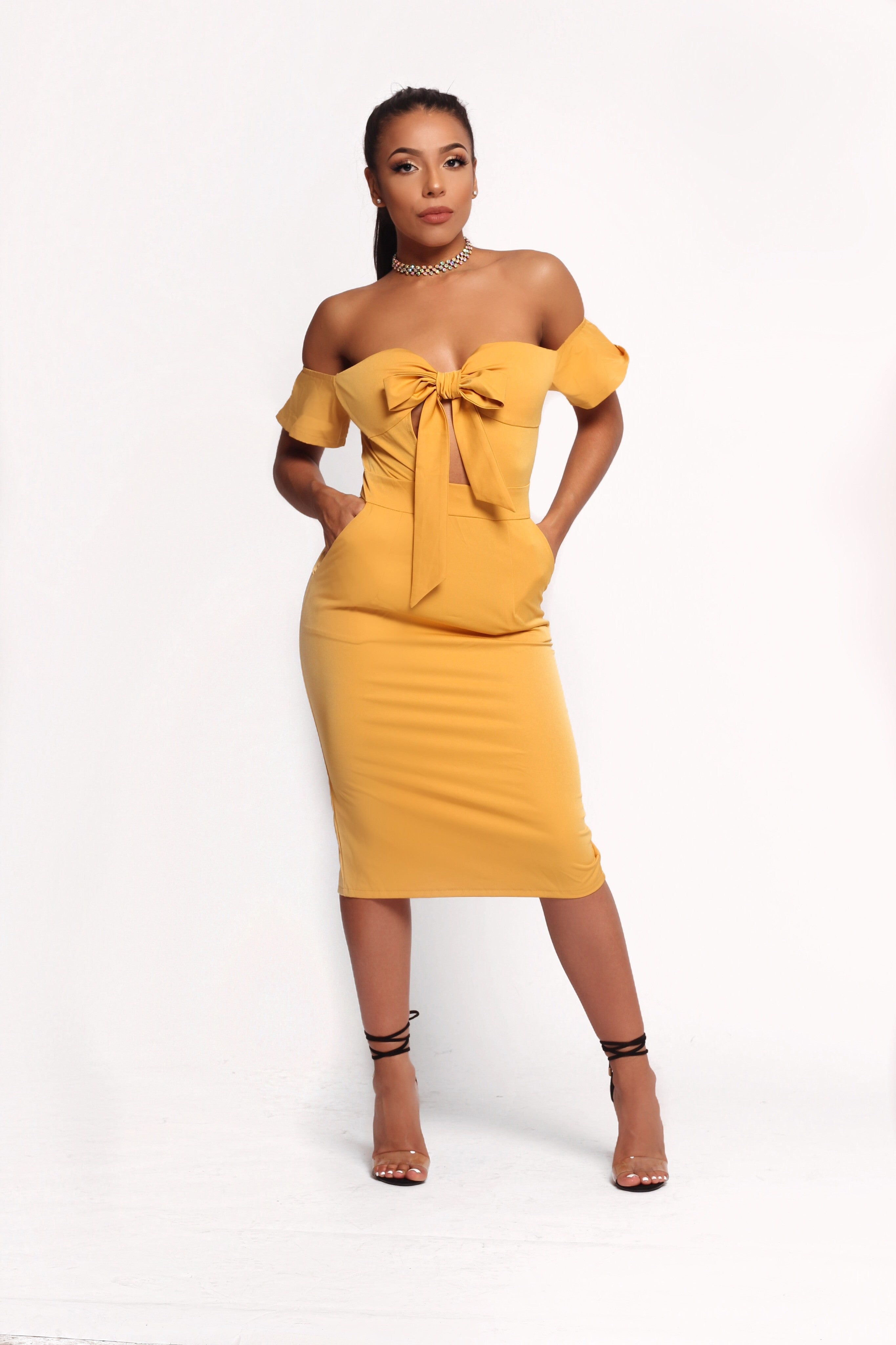 GIA FRONT KNOT MUSTARD DRESS