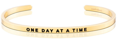 products/One_Day_At_A_Time_bracelet_-_gold.jpg