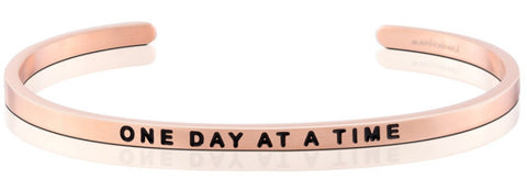 products/One_Day_At_a_Time_bracelet_-_rose_gold.jpg