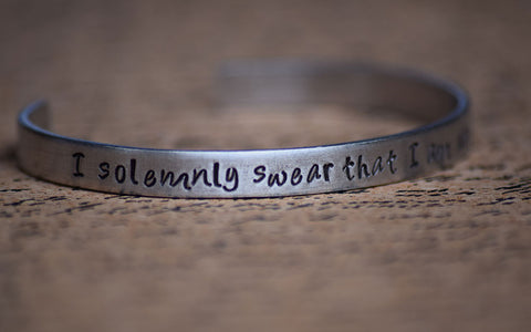 I solemnly swear that I am up to no good - Harry Potter Inspired Aluminum Bracelet Cuff