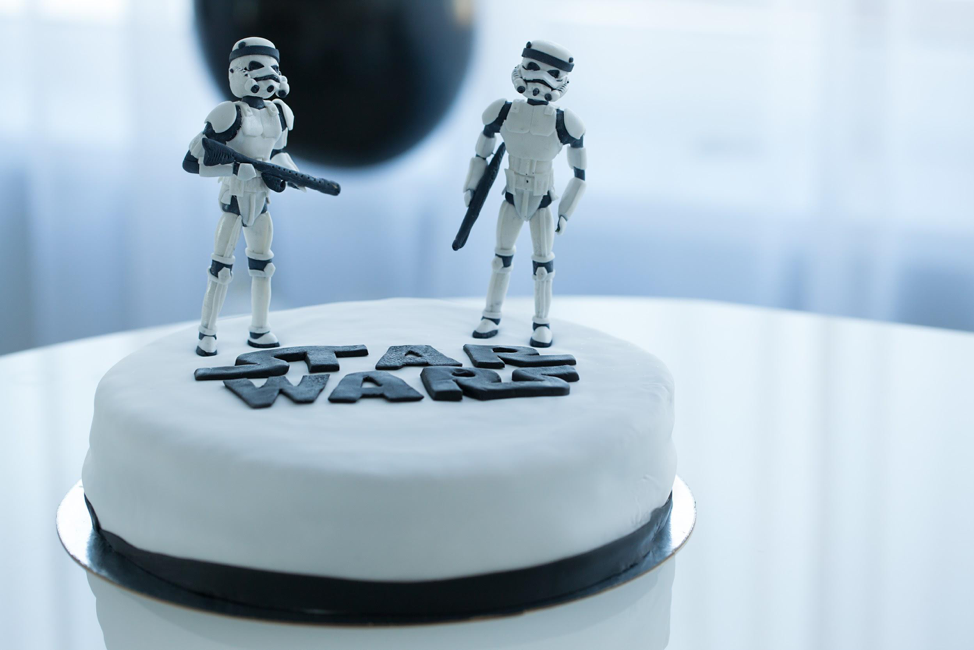 4 Ideas for Throwing the Best Star Wars Birthday Party Ever
