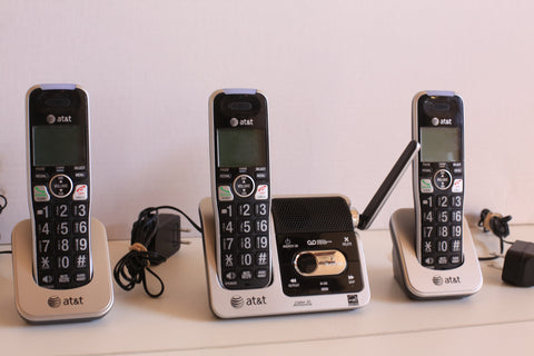 AT & T Cordless Phone System with 3 Handsets