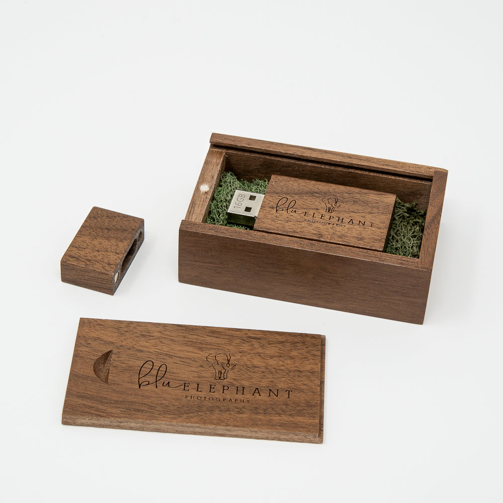 Walnut USB Flash Drive 3.0 and Box