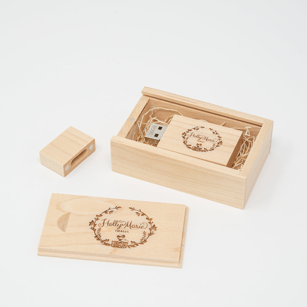 Maple USB Flash Drive 3.0 and Box