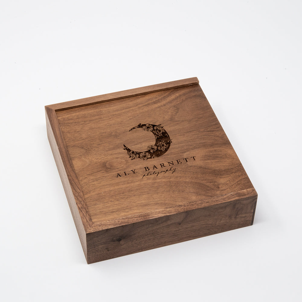 4 x 6 Walnut Photo Box and USB Flash Drive 3.0
