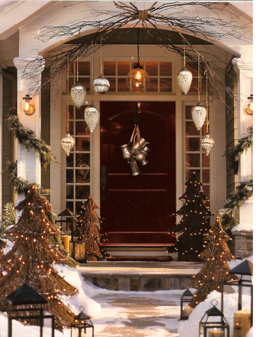 Decorating the Doorway with Garland | AGM Home Store