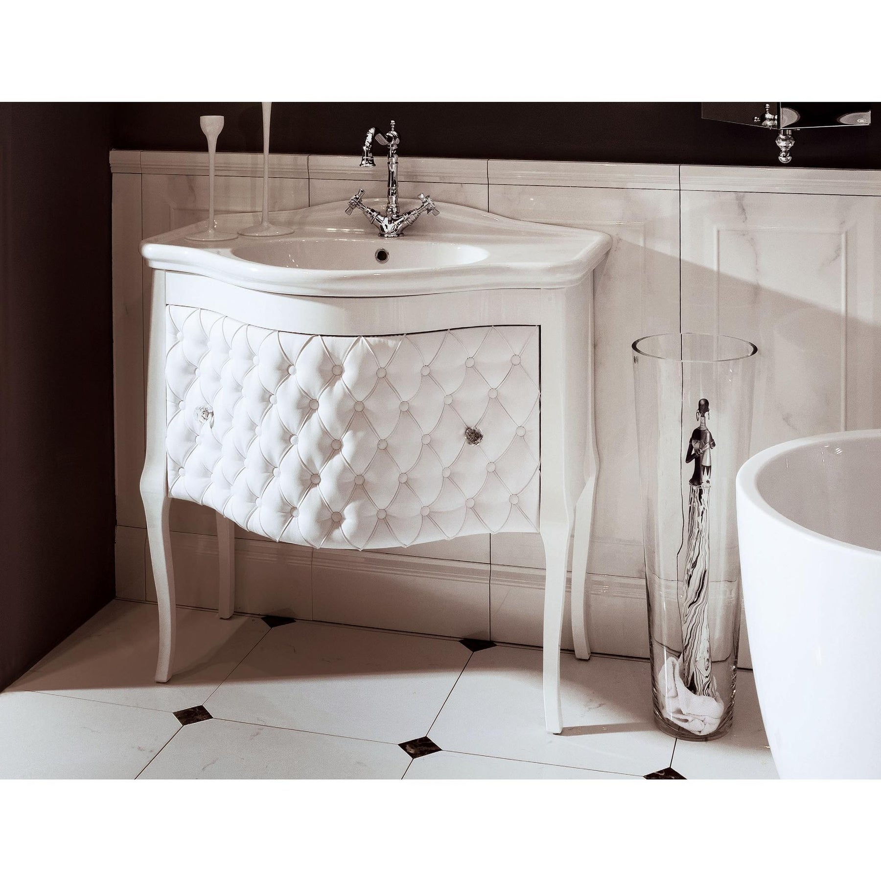 Gm Luxury Zena 33 5 Bathroom Vanity Cabinet Set Single Sink Glossy Lacquer Gm Luxury Bath Collection Bathroom Vanities And Sink Consoles 11000 00 12000 00 7000 00 8000 00 2 Drawers 30 To 34