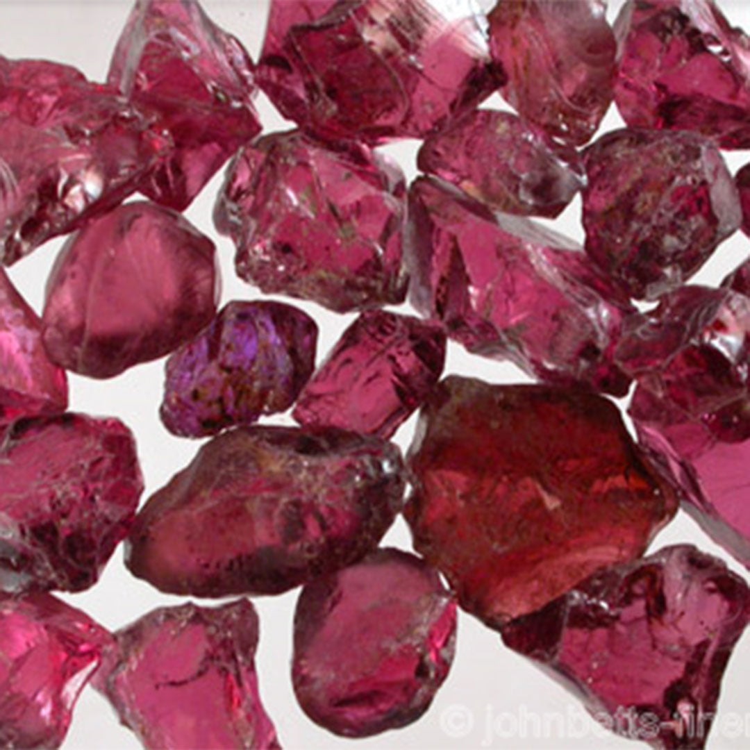 Bring Peace, Prosperity and Good Health with Garnet