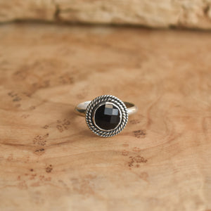 Lasso Ring - Rose Cut Black Onyx Ring -  Dainty Silversmith Ring - Faceted Black Onyx Stacking Ring