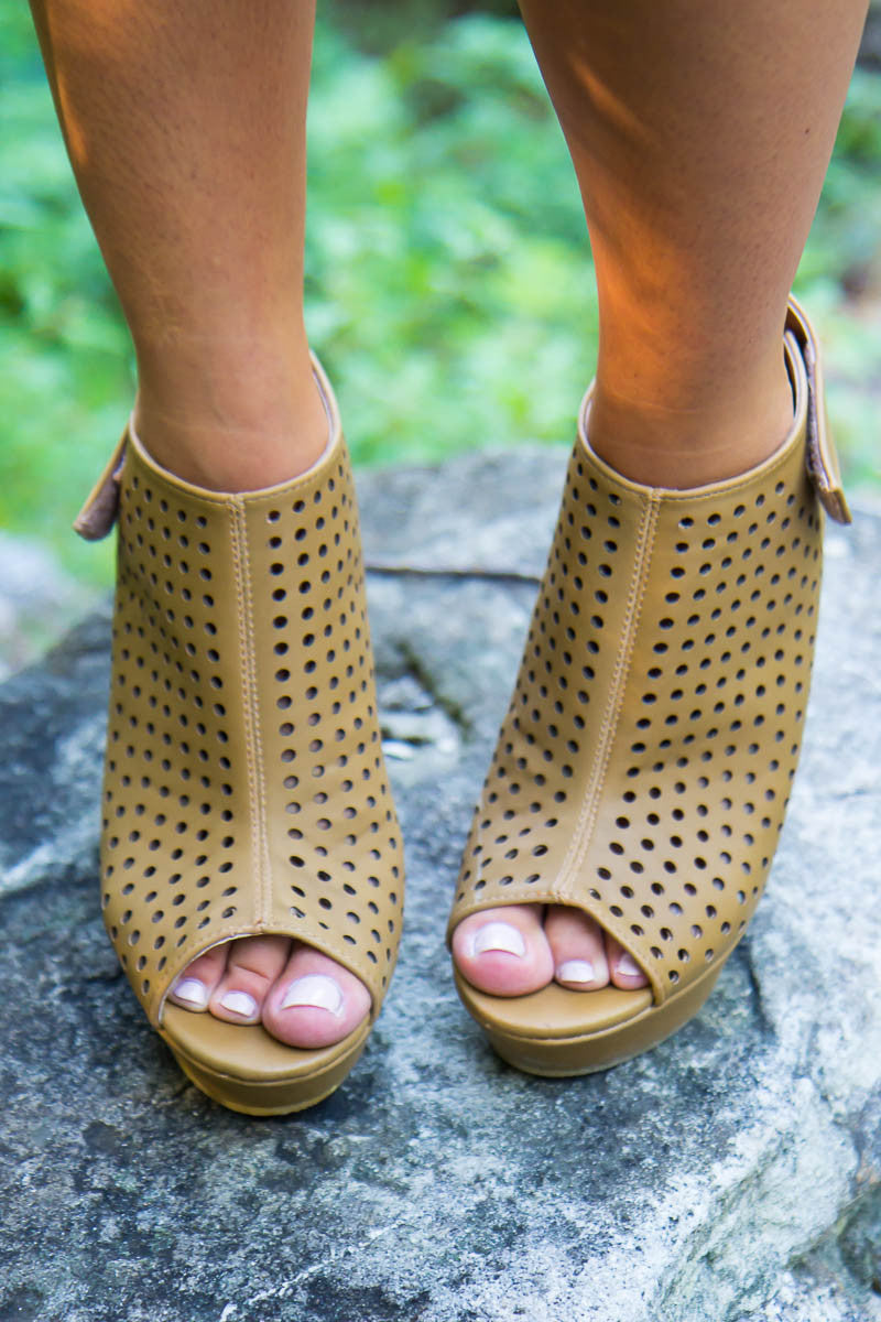 Showstopper Wedges