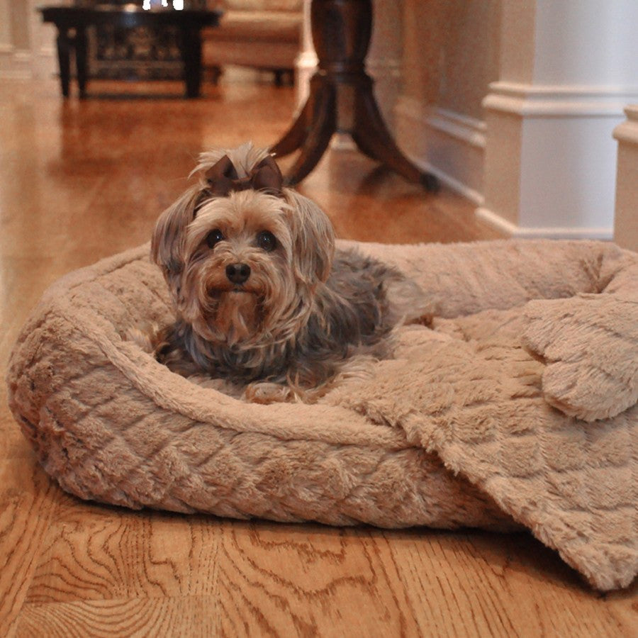 Ultra Soft Beige Faux Fur Plush Diamond Quilt Dog Bed with Toy and Blanket Puppy's Home