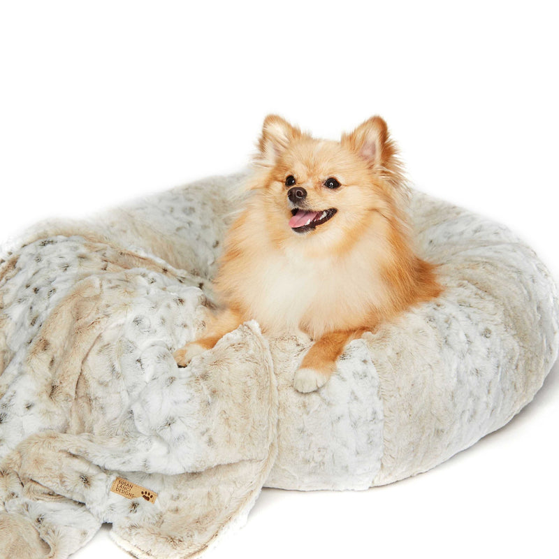 Soft Snow Leopard Round Dog Bed by Susan Lanci Puppy's Home