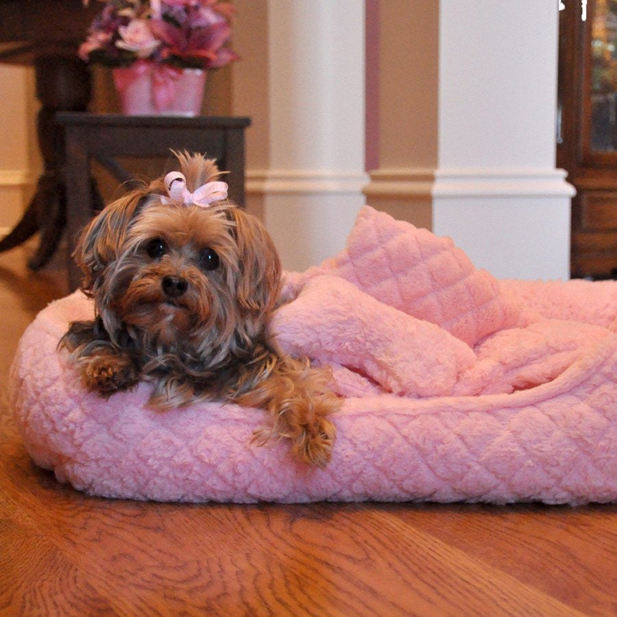 Ultra Soft Pink Faux Fur Plush Diamond Quilt Pet Bed with Bone and Blanket Puppy's Home