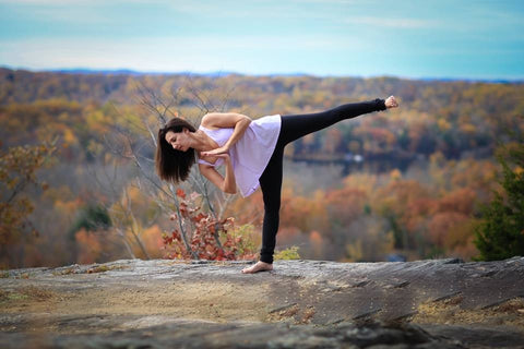 6 yoga poses guaranteed to ground you on earth day  drink