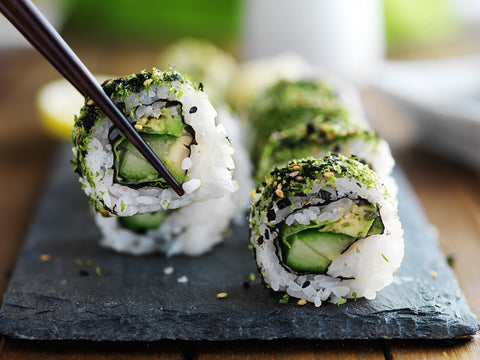 Organic vegan cucumber kale avocado sushi recipe by O2 Living makers of organic cold-pressed Living Juice