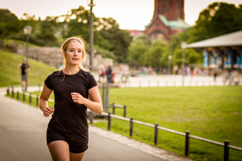 O2 Living blog - girl running marathon - by makers of living hemp extract and progesterone