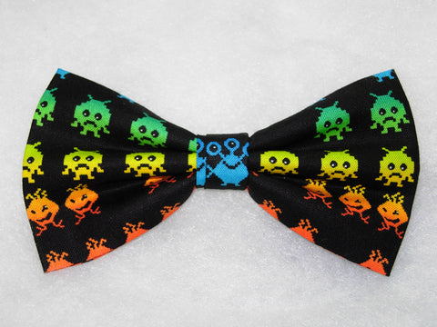 CLASSIC VIDEO GAME PRE-TIED BOW TIE - RED, BLUE, GREEN, PURPLE & YELLOW ALIENS ON BLACK - Bow Tie Expressions  - 1