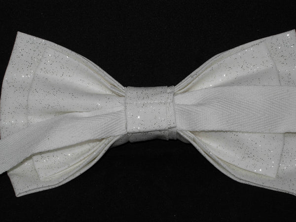 Sparkling White Bow tie / Solid White with Metallic Silver / Pre-tied Bow tie - Bow Tie Expressions