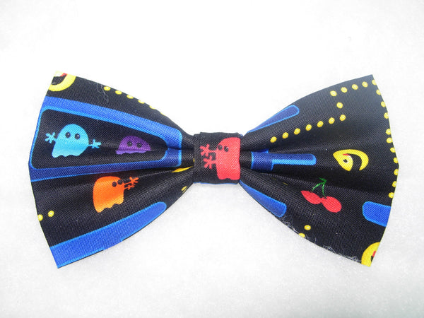 CLASSIC PAC MAN VIDEO GAME ON BLACK BOW TIE - CHOMP! CHOMP! - Bow Tie Expressions  - 2