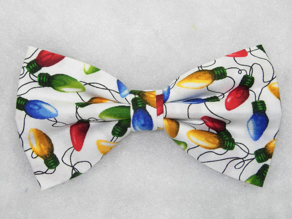 Christmas Tree Bow tie / Colorful String Lights on White / Pre-tied Bow tie - Bow Tie Expressions