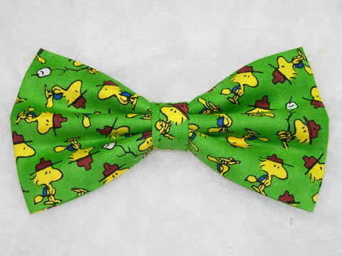 Woodstock Bow tie / Camping Woodstock on Green / Peanuts Birthday Party / Self-tie & Pre-tied Bow tie - Bow Tie Expressions