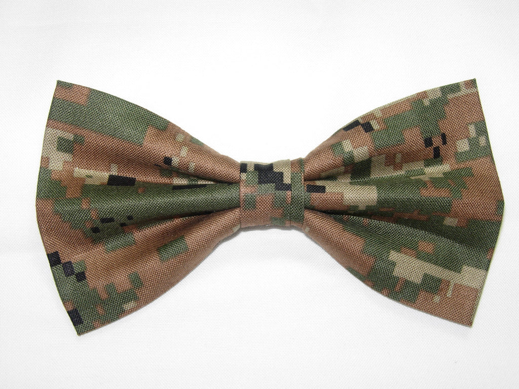 U.S. ARMY DIGITAL WOODLAND CAMO PRE-TIED BOW TIE - GREEN, BROWN, GRAY & BLACK - Bow Tie Expressions  - 1